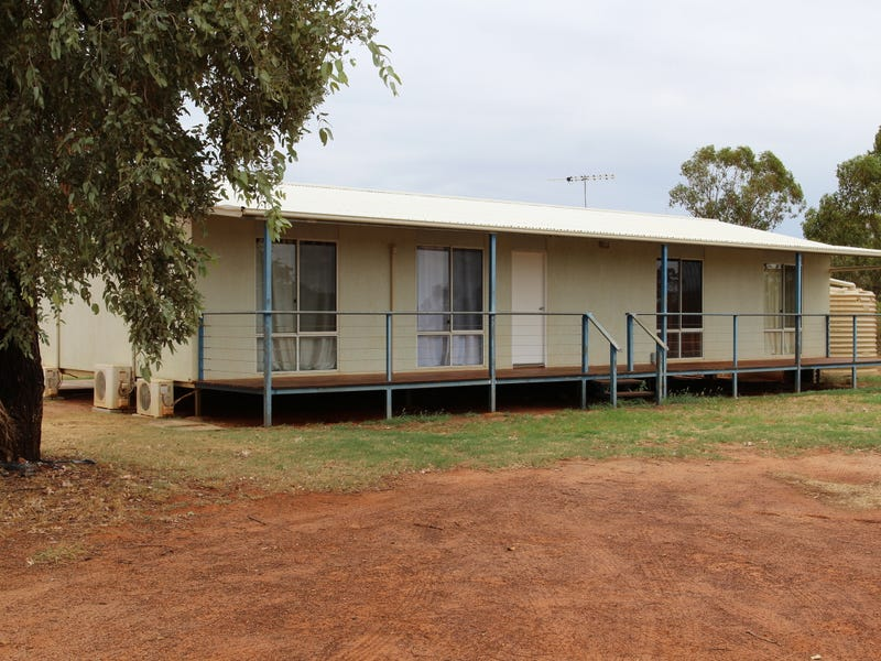 76 Brumby Drive, Charleville, Qld 4470