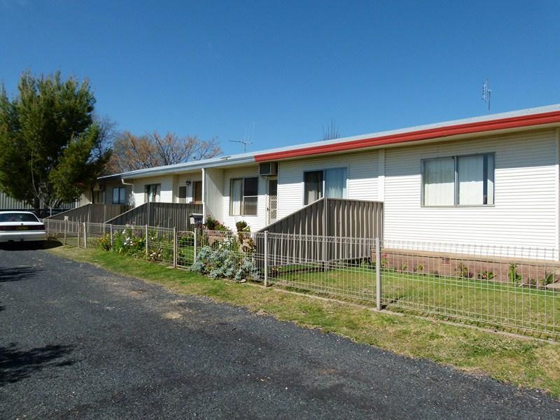 4 Little Underwood Street, Forbes, NSW 2871