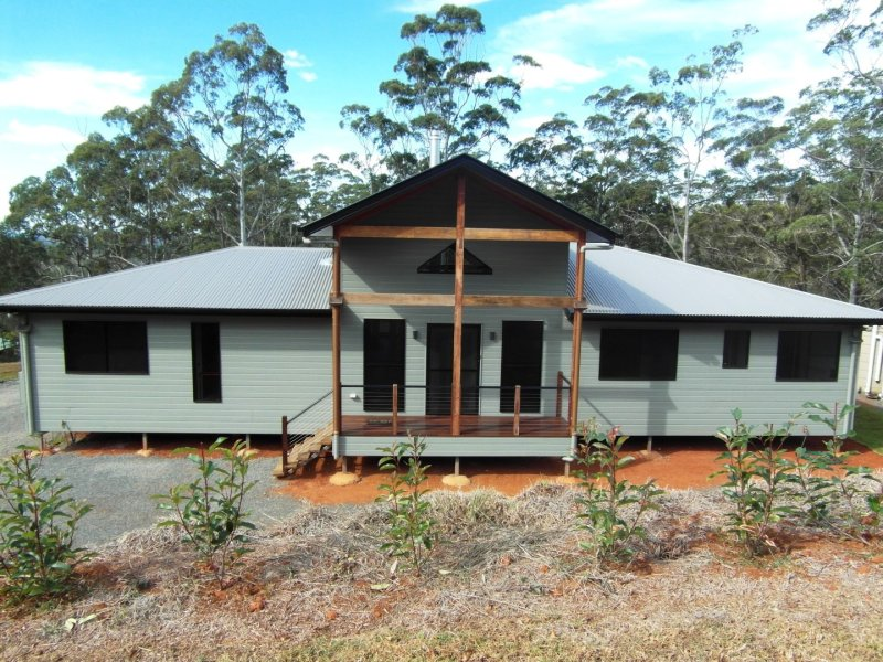 106 Forest Drive, Hampton, Qld 4352