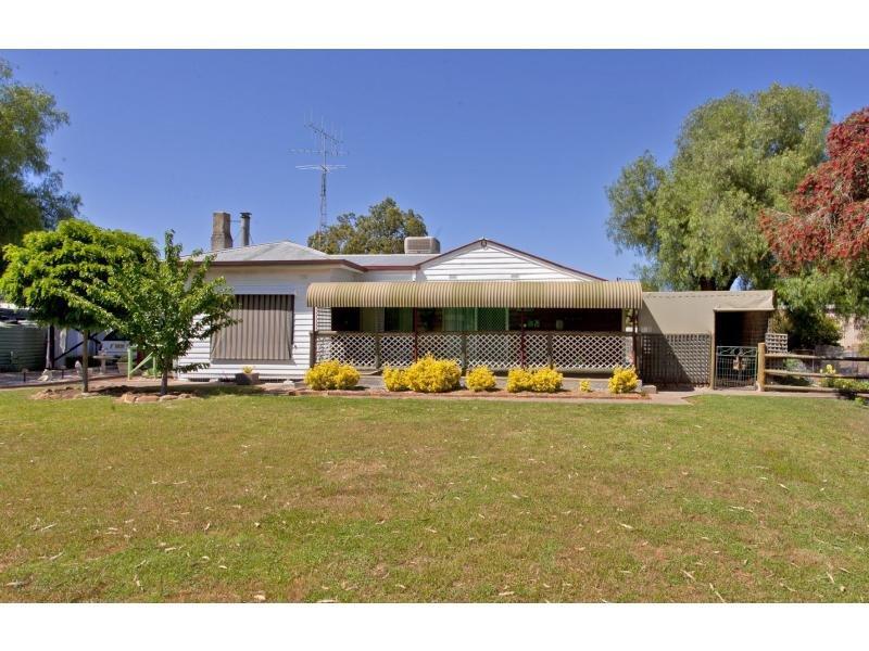 40 Melville Street, Culcairn, NSW 2660