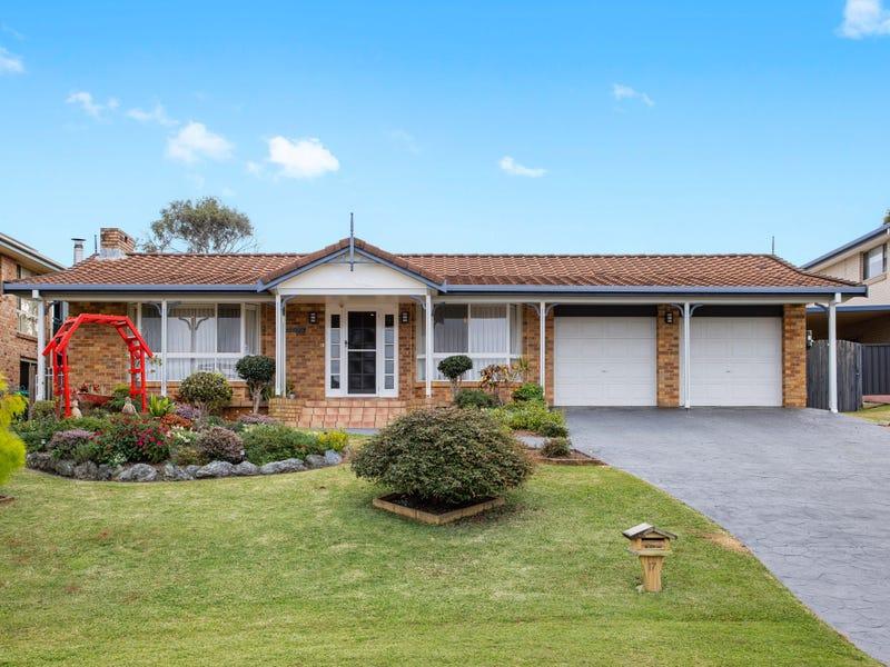 17 Kelvin Grove, Port Macquarie, NSW 2444