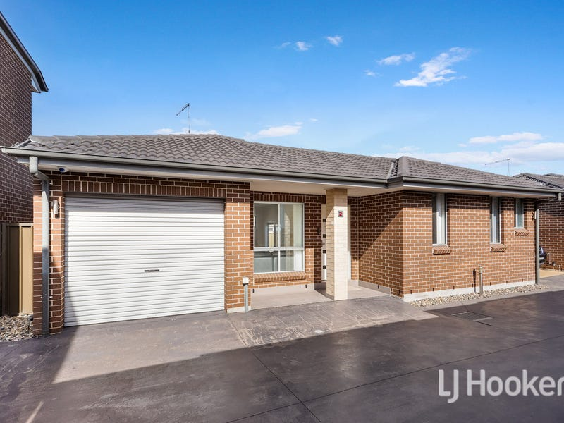 2/60-62 Magowar Road, Girraween, NSW 2145
