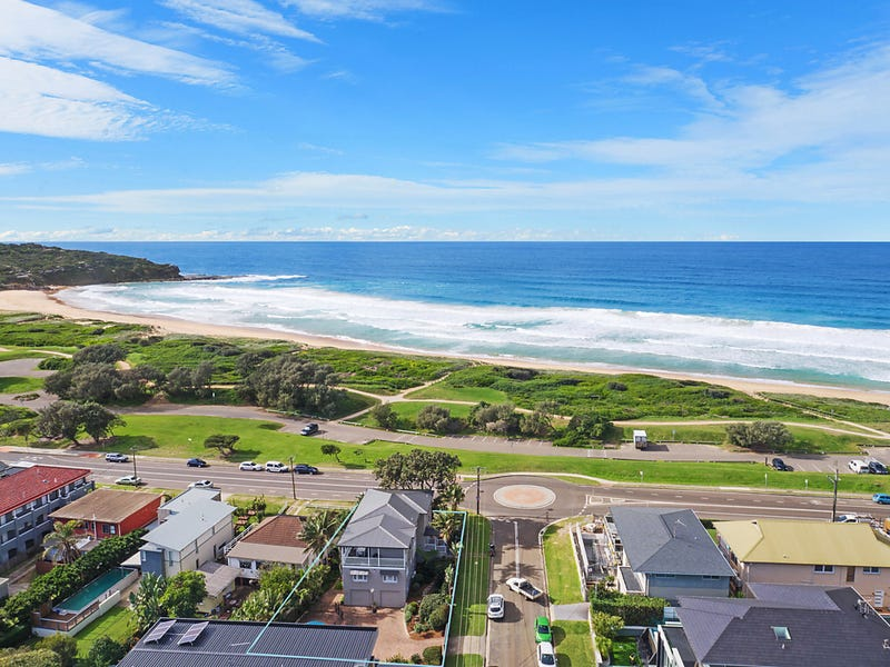 79 Carrington Parade, Curl Curl, NSW 2096