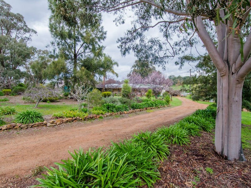 156 Sunset Lane, Kapooka, NSW 2661