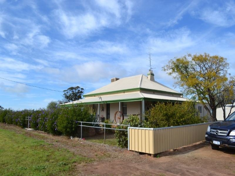 18656 Great Eastern Hwy, Kellerberrin, WA 6410