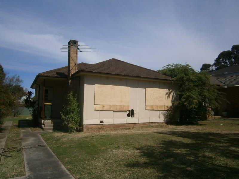14 Peace Avenue, Peakhurst Heights, NSW 2210