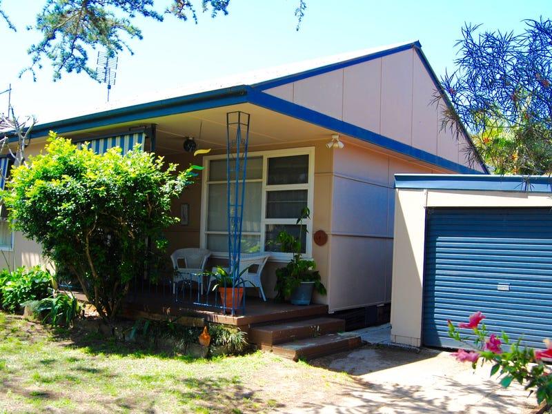 18 Springwood, Blackwall, NSW 2256