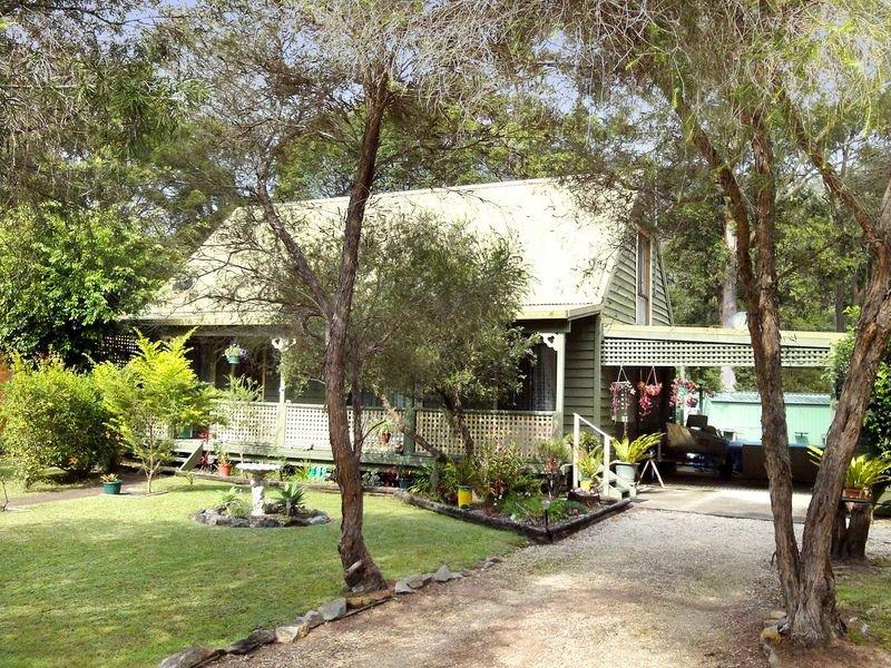 15 St Albans Way, Laurieton, NSW 2443