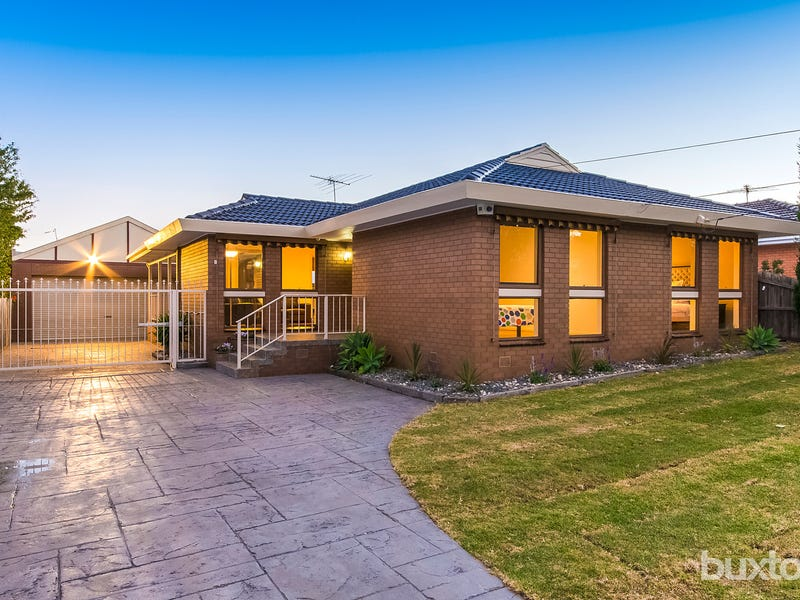 1 Nalangil Avenue, Hamlyn Heights, Vic 3215