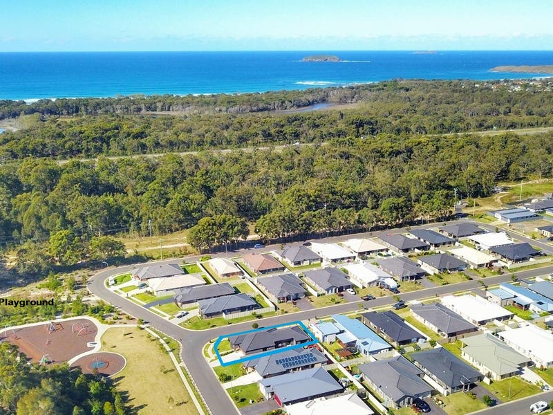 29 Waterways Drive, Sandy Beach, NSW 2456