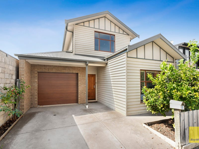 7 Fleming Way, South Geelong, Vic 3220