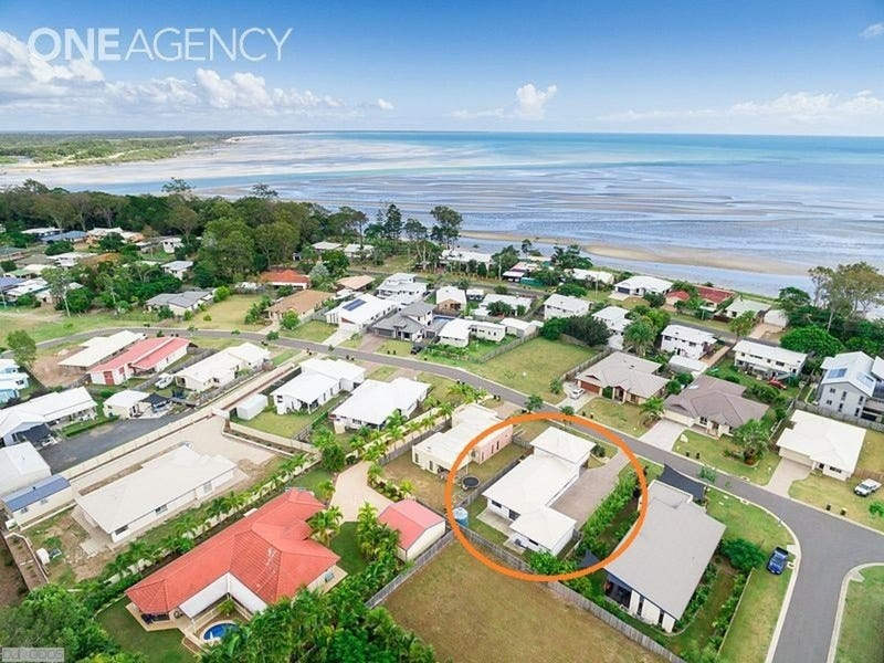 21 Fraser Waters Parade, Toogoom, Qld 4655