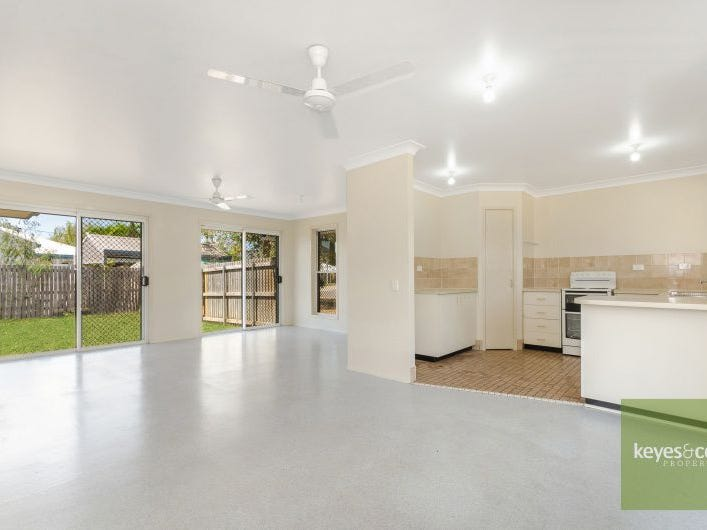 25 Lawrence Street, Kelso, Qld 4815