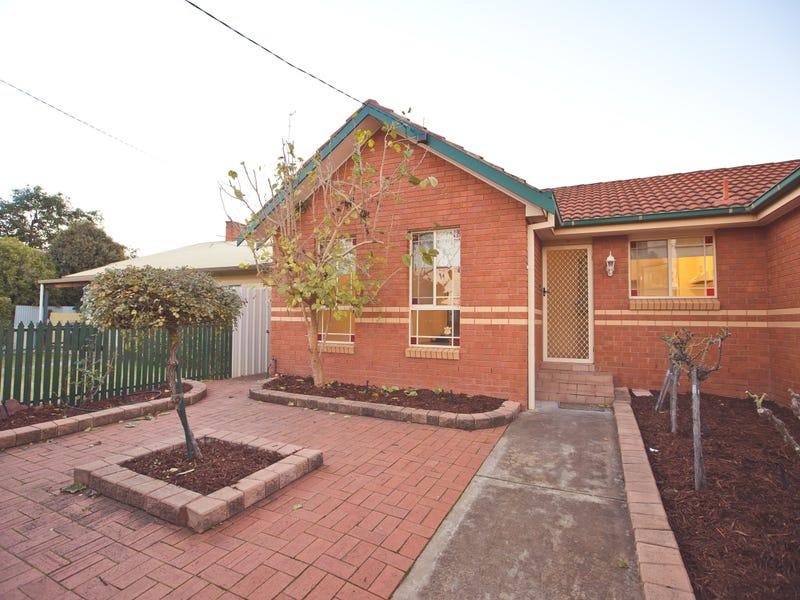 1/245 Wakaden Street, Griffith, NSW 2680
