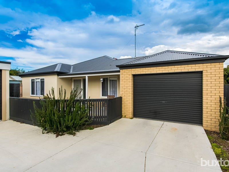 2/34 Glover Street, Newcomb, Vic 3219