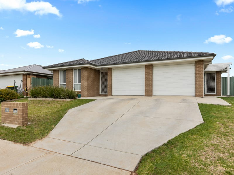 23 & 23A Hazelwood Drive, Forest Hill, NSW 2651
