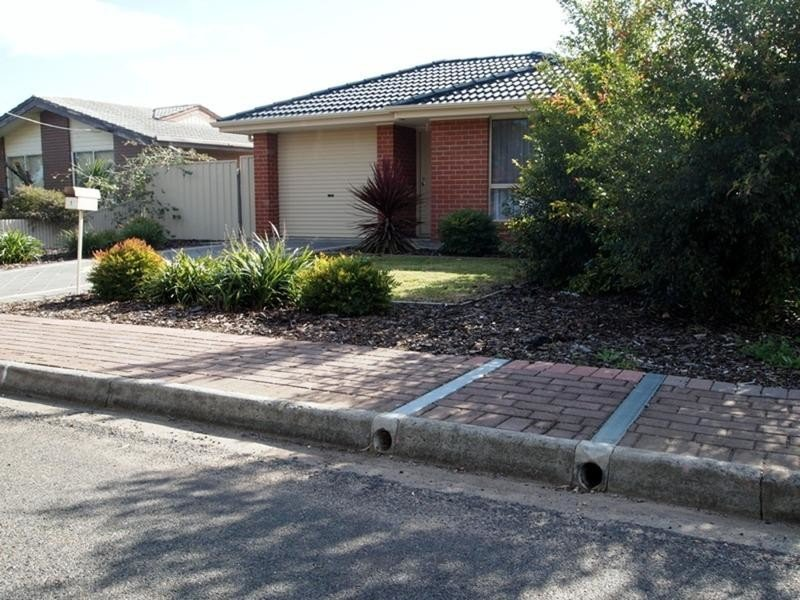 1 Kitto Crescent, Aldinga Beach, SA 5173