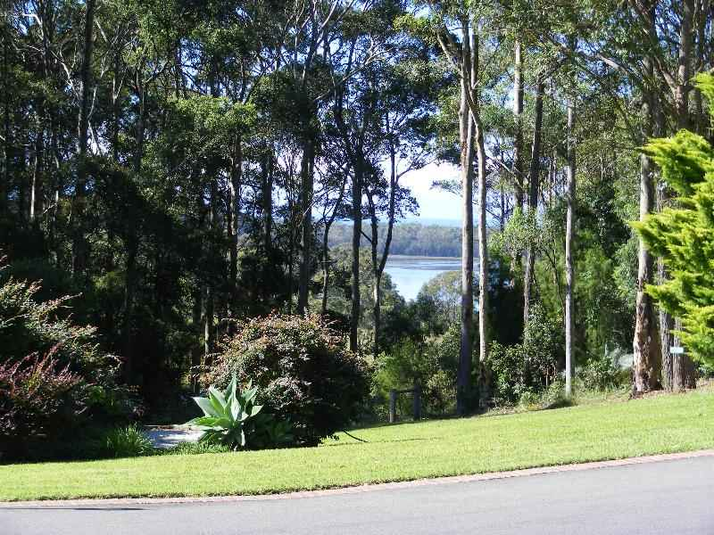 42 Old South Coast Rd, Narooma, NSW 2546