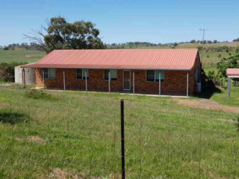 215 Tarrawingee Road, Mumbil, NSW 2820