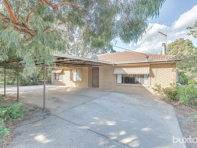198 Howe Street, Miners Rest, Vic 3352