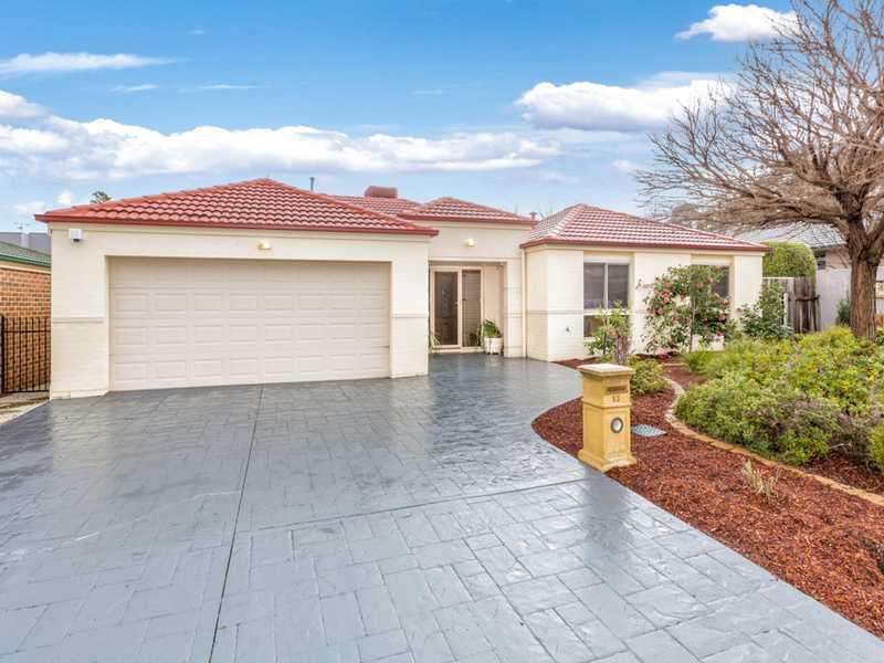 13 Ironbark Circuit, Jerrabomberra, NSW 2619