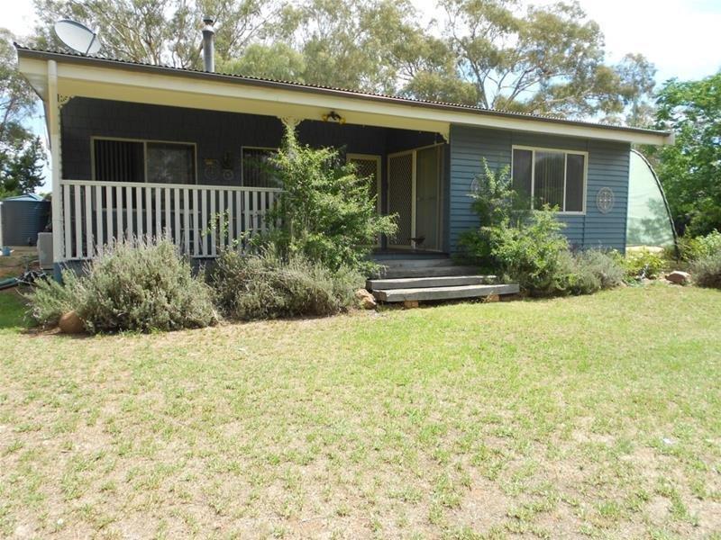 88 Boorowa Street, Koorawatha, NSW 2807