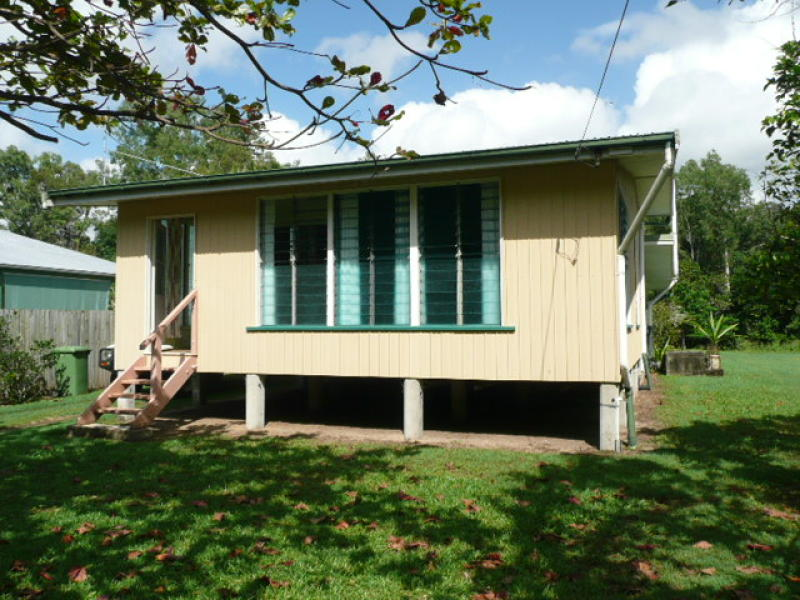 37 Evans Road, Bramston Beach, Qld 4871