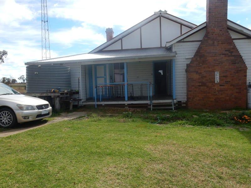 2/686 Elsmore Road, Elsmore, NSW 2360
