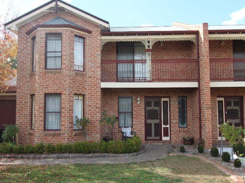 2/28 Dees Close, Bathurst, NSW 2795