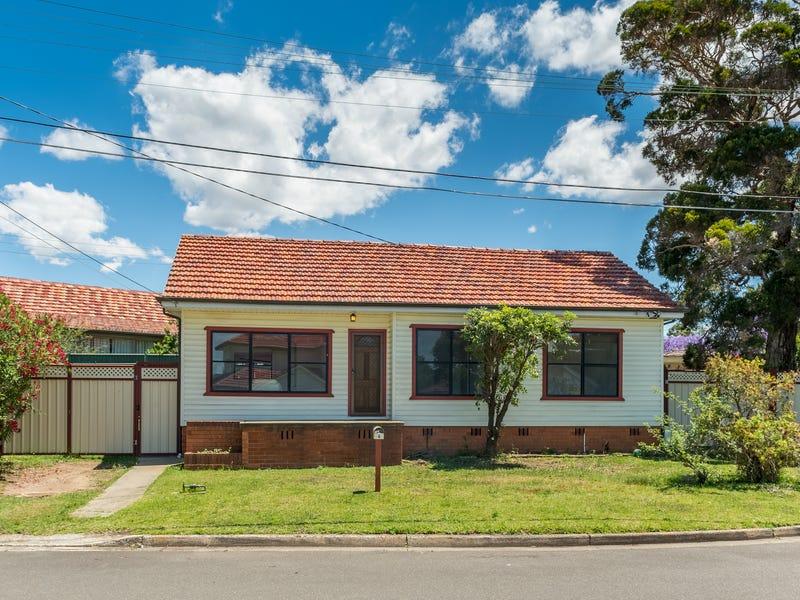4 Banksia Crescent, Fairfield East, NSW 2165