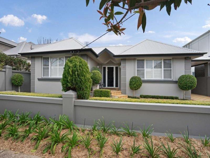12 Ravenshaw Street, The Junction, NSW 2291