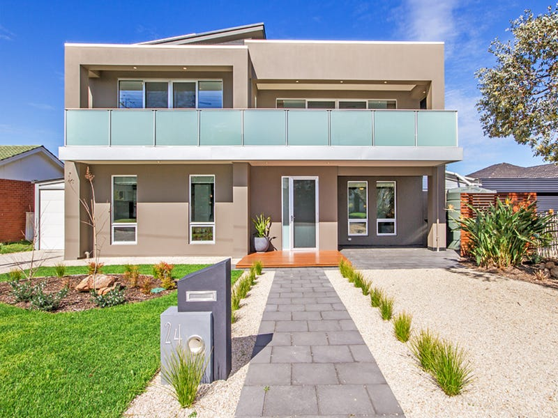 24 Wakelin Terrace, O'Sullivan Beach, SA 5166