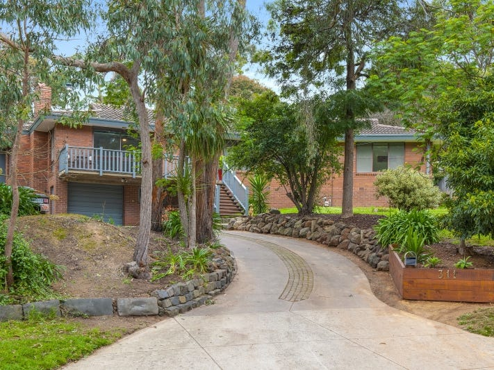 311 Eddy Avenue, Mount Helen, Vic 3350