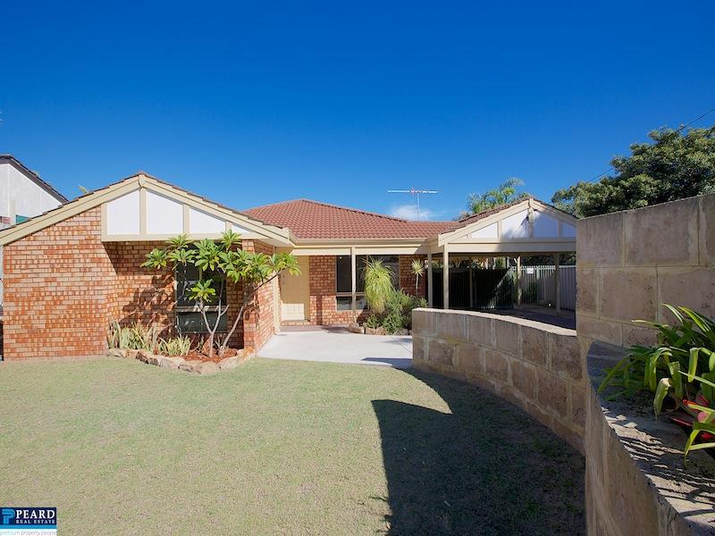 46 Fenton Way, Hillarys, WA 6025