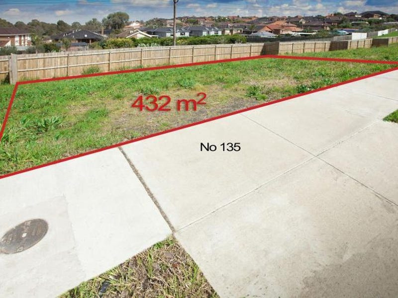 135 Holt Parade, Bundoora, Vic 3083