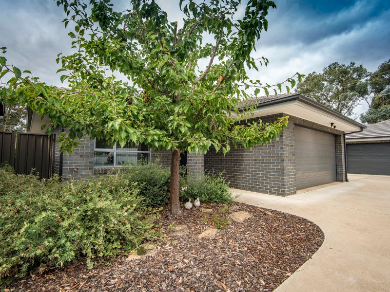 2/23 Lochbuy Street, Macquarie, ACT 2614