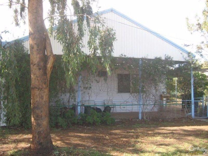 60 Coonamble Street, Gulargambone, NSW 2828
