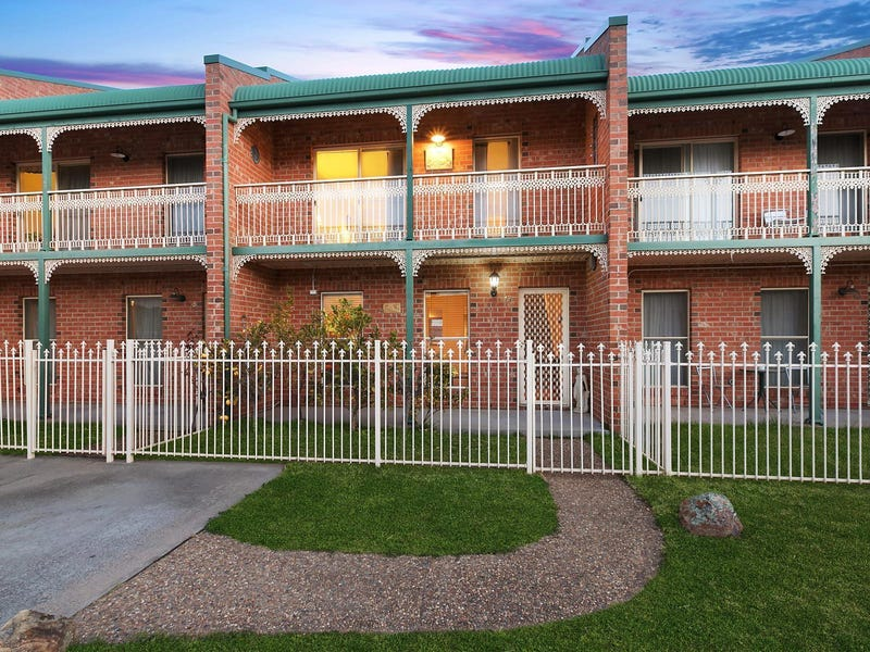 19/44 Carrington Street, Queanbeyan, NSW 2620