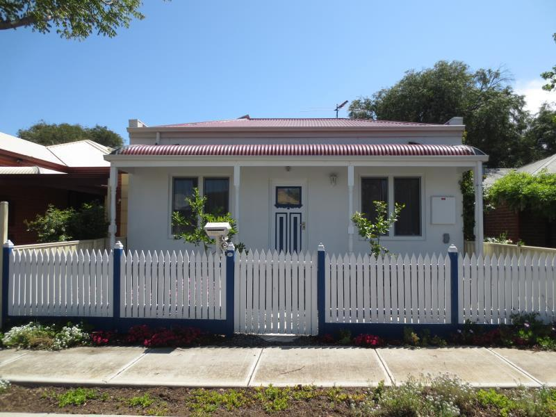 27 Leslie Place, Port Adelaide, SA 5015