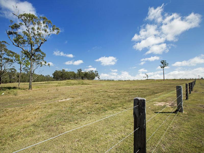 80 Stockman Downs' Karinya Circuit, Sunshine Acres, Qld 4655