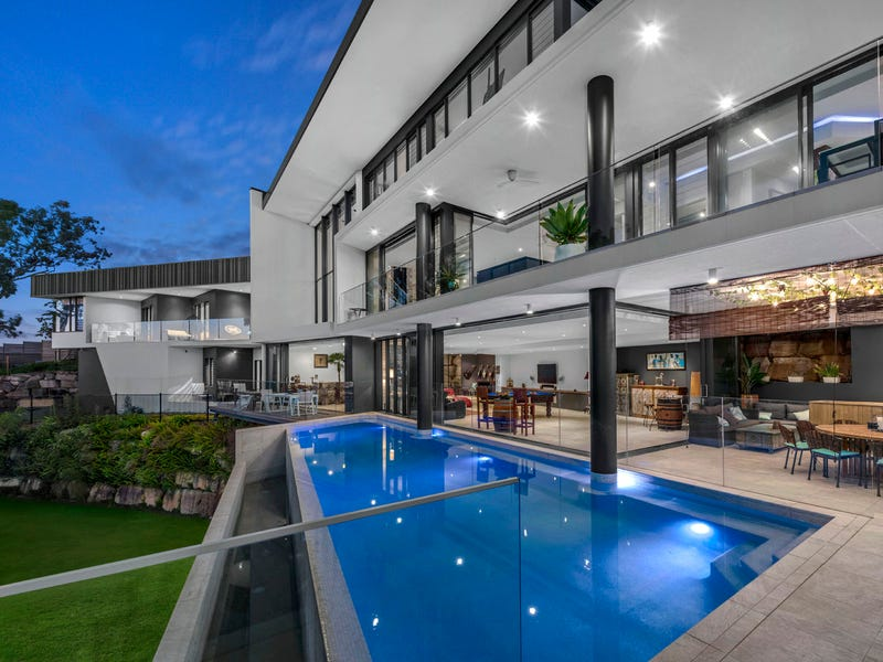 32 Becker Place, Mount Ommaney, Qld 4074
