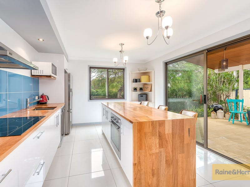 231 COTLEW STREET, Ashmore, Qld 4214