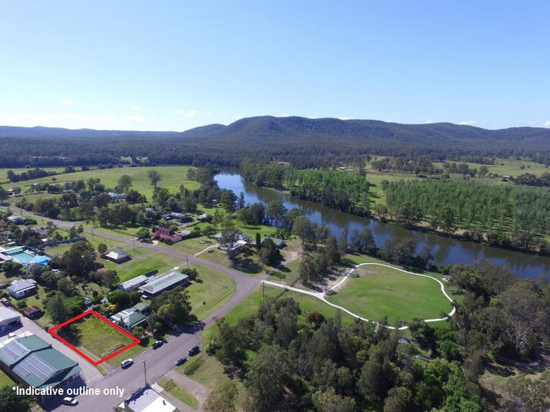 18 Grey Street, Clarence Town, NSW 2321