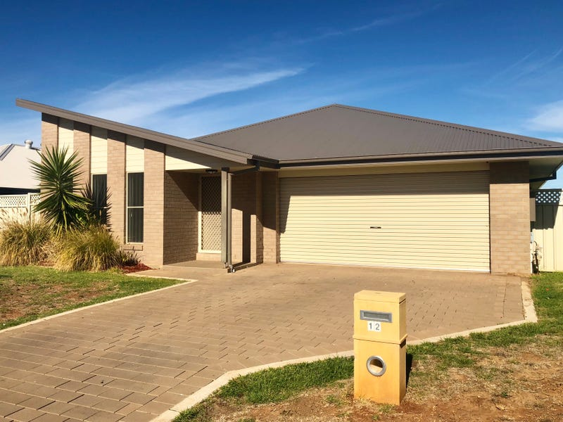 12 Ellenborough Avenue, Dubbo, NSW 2830