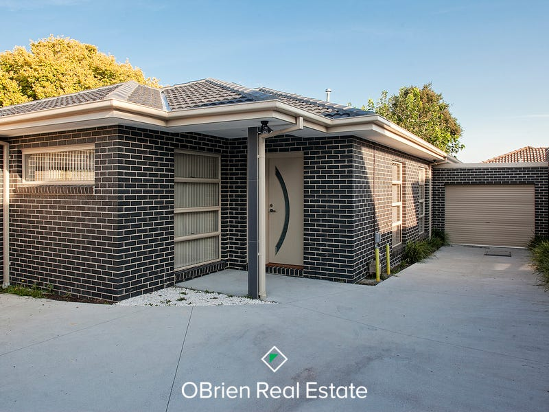 2/18 Grandview Avenue, Dandenong, Vic 3175
