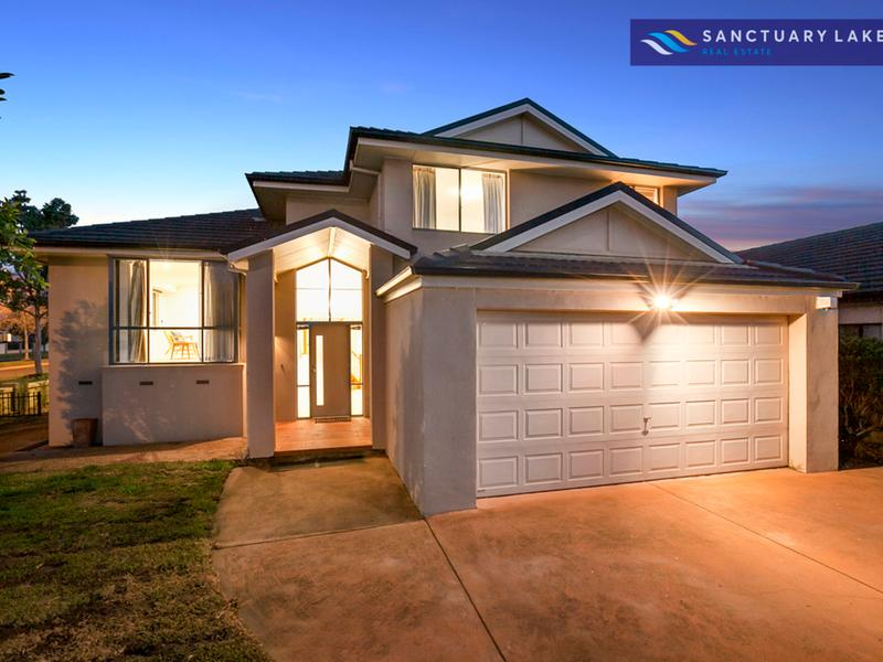 1 Scenic Drive, Sanctuary Lakes, Vic 3030