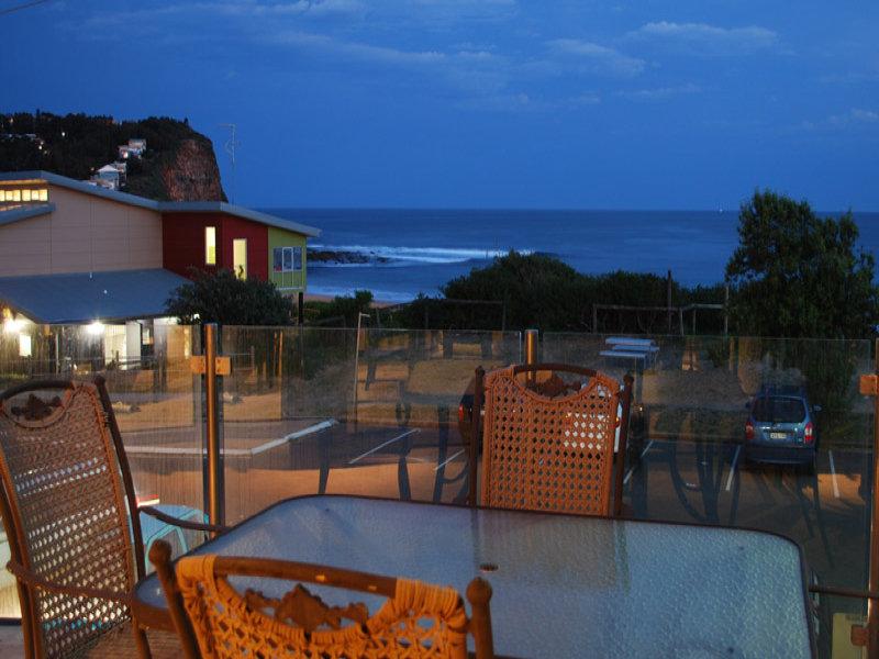4/204 Del Monte Place, Copacabana, NSW 2251
