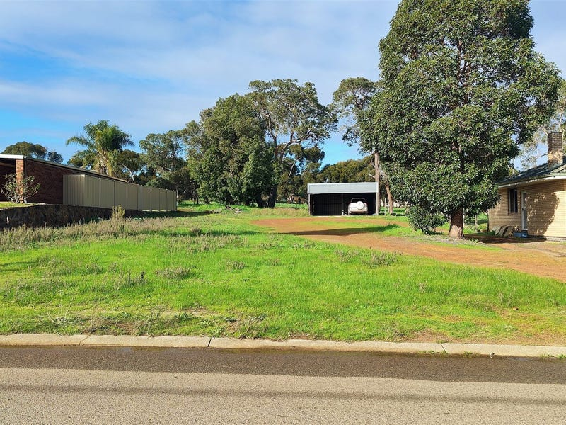 9 Old Mooliabeenee Road, Gingin, WA 6503