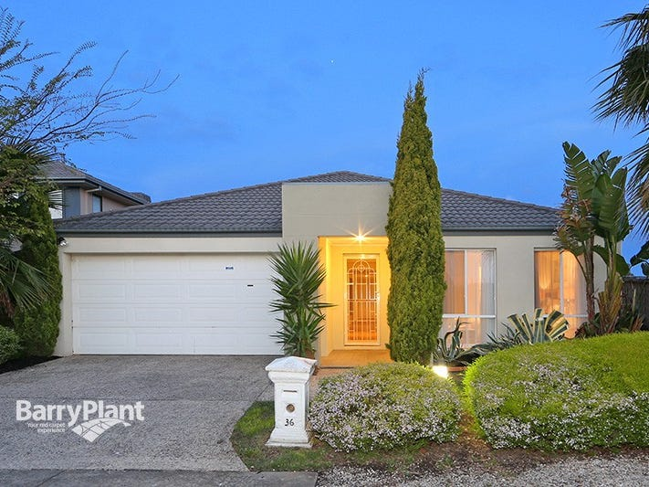36 Sovereign Manors Crescent, Rowville, Vic 3178