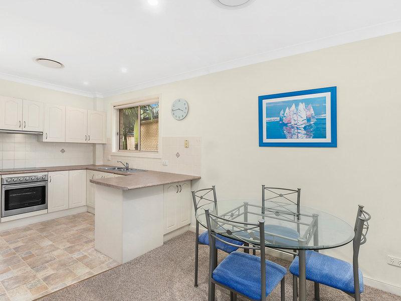 18/14 Raymond Road, Thirroul, NSW 2515